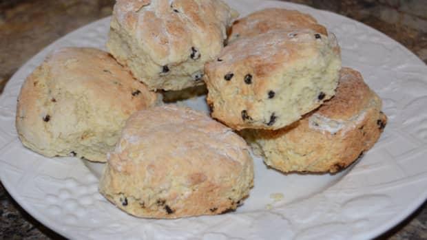 making-english-scones
