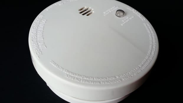 every-smoke-detector-should-have-an-off-switch