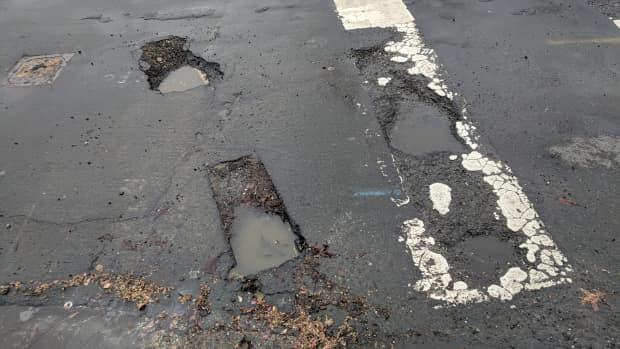 pothole-repair-pot-slashed