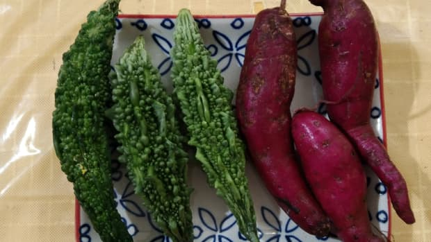 recipe-of-bitter-gourd-and-sweet-potato-dry-vegetable-microwave-version