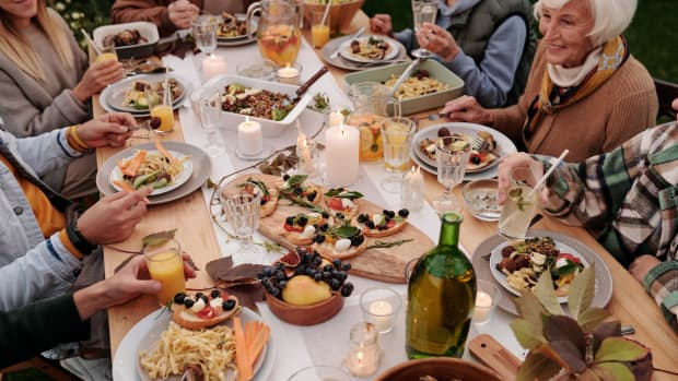 a-simple-solution-on-how-to-handle-toxic-family-members-during-the-holidays