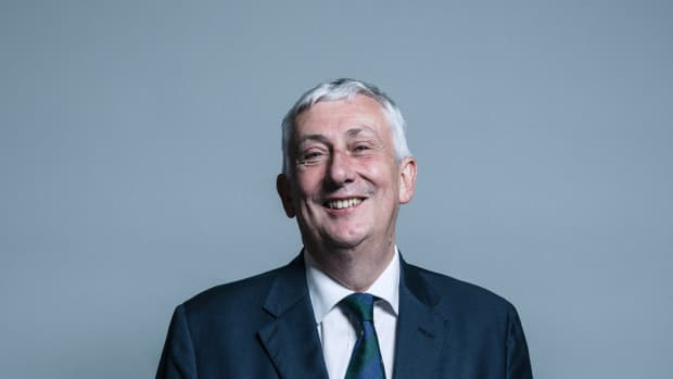 sir-lindsay-hoyle-continues-with-his-surgery