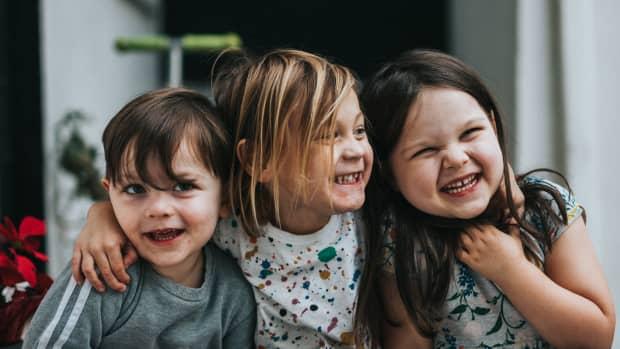 12-tips-for-raising-confident-kids