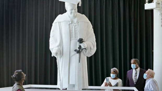 history-to-be-made-in-our-capitols-hall-of-statues