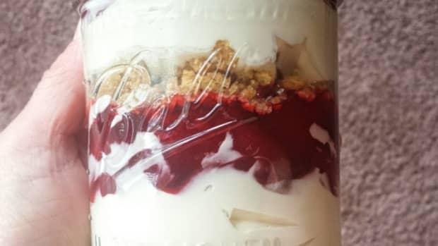 simple-cheesecake-parfait-recipe