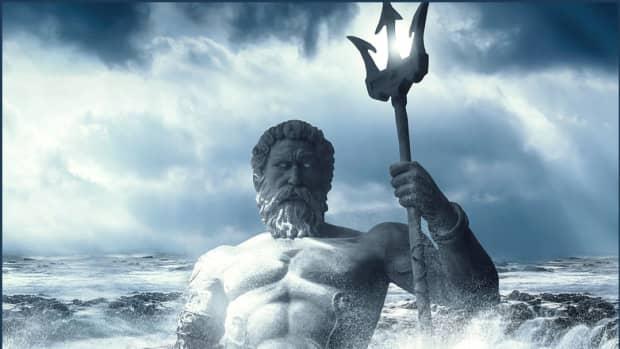 powerful-mythological-weapons