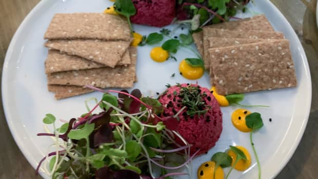 vegetarian-dining-in-finesse-at-divyas-kitchen-nyc