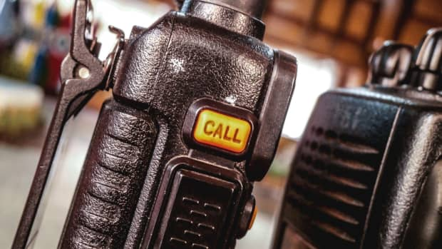 what-is-murs-two-way-radio