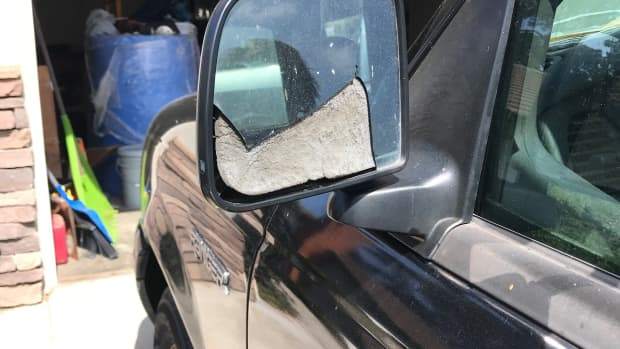 how-to-change-a-car-mirror
