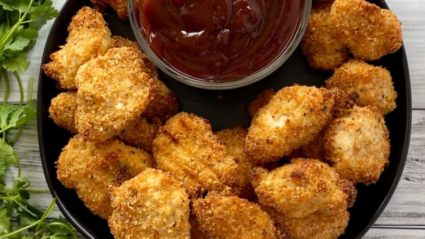 how-to-make-delicious-chicken-nuggets-at-home
