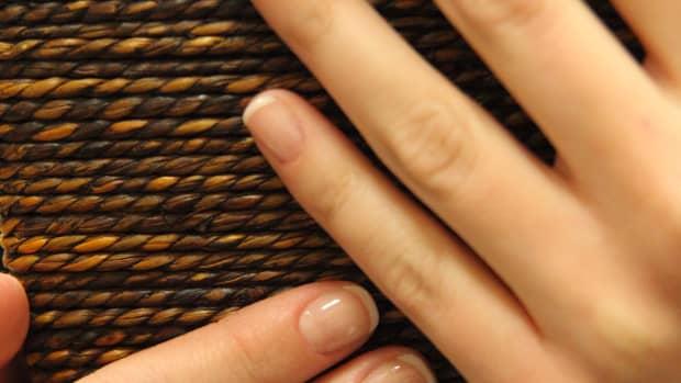organic-manicure-and-pedicure