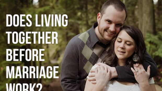 the-pros-and-cons-of-living-together-before-marriage
