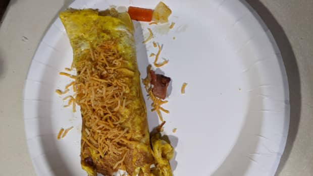 late-night-everything-omelet
