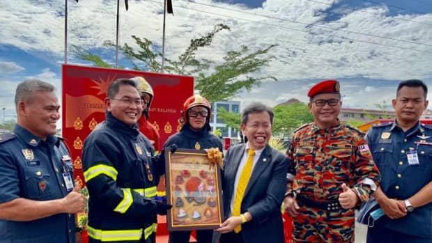 unconstitutional-takeover-of-sarawak-rights-item-5a-other-services-of-a-local-character-by-the-federal-government