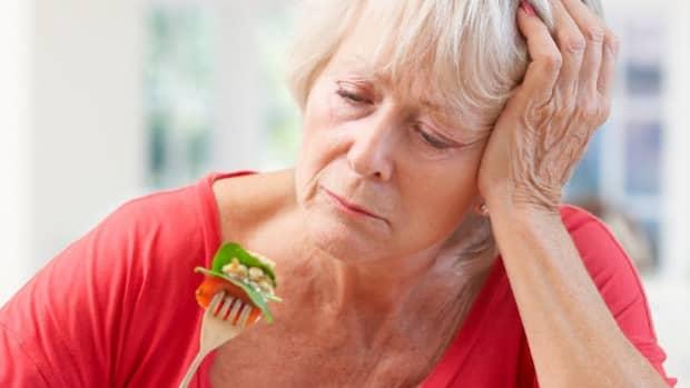 reasons-seniors-lose-their-appetites