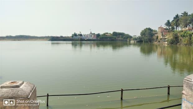 narayana-sarovar-the-sacred-lake-in-gujarat-india