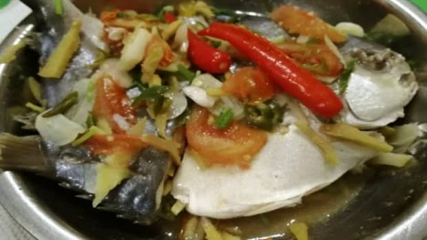 nutritious-chinese-style-steamed-golden-pomfret