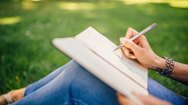 8-creative-solutions-to-writers-block