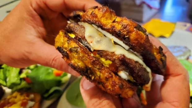 gluten-free-vegetarian-zucchini-hamburg-buns