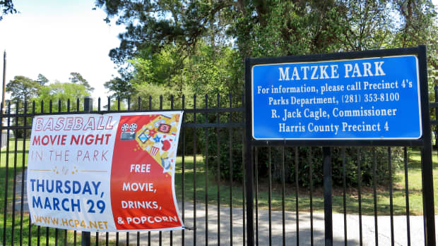 matzke-park-family-friendly-environs-in-houston