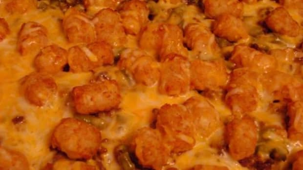 classic-tator-tot-casserole-with-green-beans