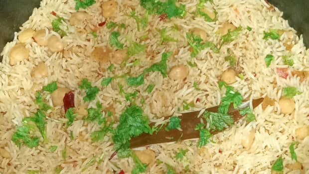 chickpeas-pulao-a-one-pot-rice-dish