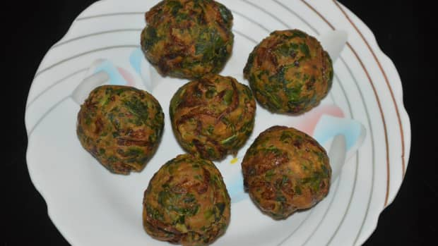 palak-bonda-spinach-bonda-recipe