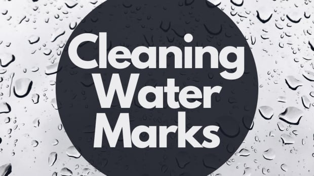 how-to-clean-water-marks-off-shower-screens