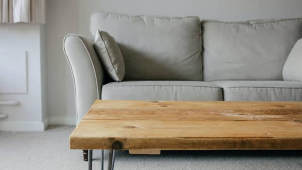 how-to-clean-wooden-coffee-tables-naturally