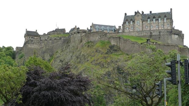 history-edinburgh-castle-scotland