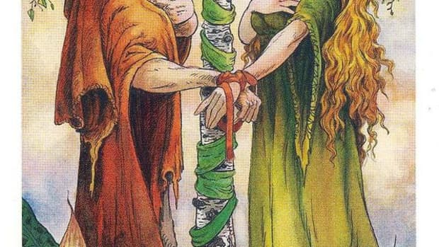 the-lovers-card-in-tarot-and-how-to-read-it