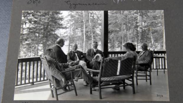 veranda-sitters