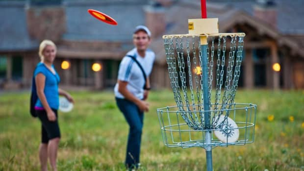 top-benefits-of-disc-golf-game