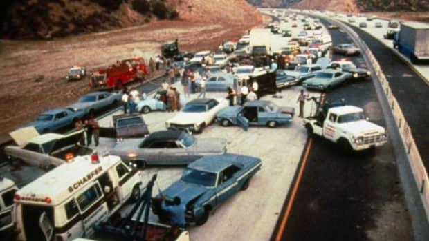 disaster-porn-saturday-night-smash-up-on-interstate-5