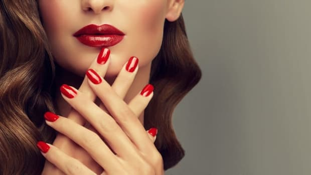 a-womans-nails-is-her-secret-weapons