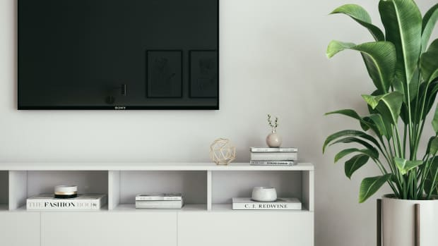 cheetah-flat-screen-tv-wall-mount-and-bracket-review
