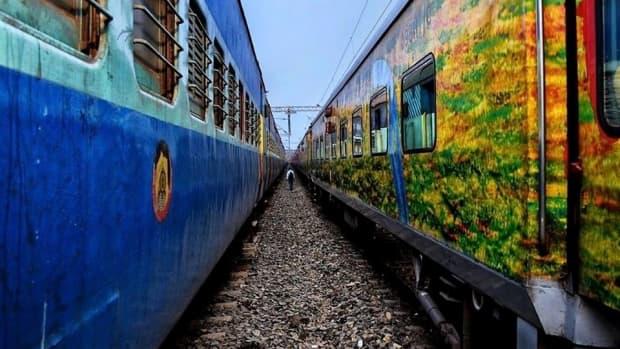 journey-to-pune-onboard-karnataka-samparkranti-express