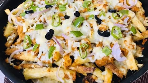 how-to-make-restaurant-style-pizza-fries-at-home-with-complete-photo-guide