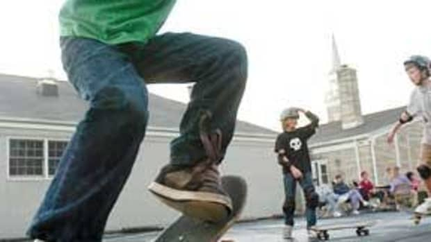 guardians-manual-for-purchasing-a-skateboard-for-children