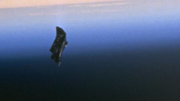 exploring-the-mystery-of-the-black-knight-satellite
