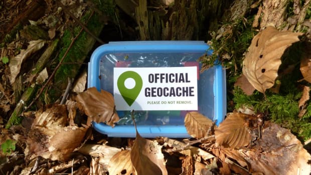 homemade-recycled-geocache-containers