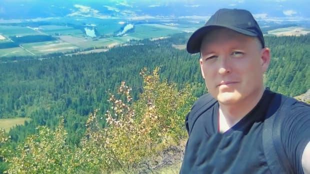 enderby-cliffs-provincial-park-trail-hiking