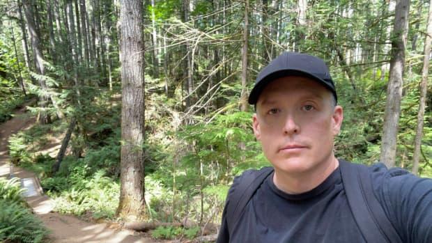 mount-benson-regional-park-trail-hiking-adventure-near-nanaimo-on-vancouver-island
