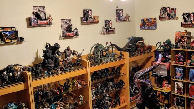 collecting-godziila-figures