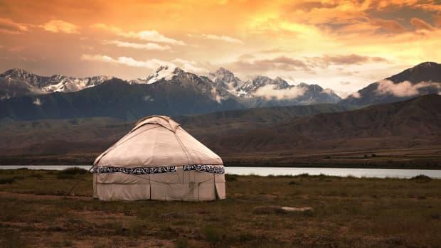 being-nomadic-being-rooted