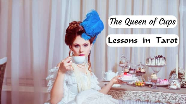 the-queen-of-cups-in-tarot-and-how-to-read-it