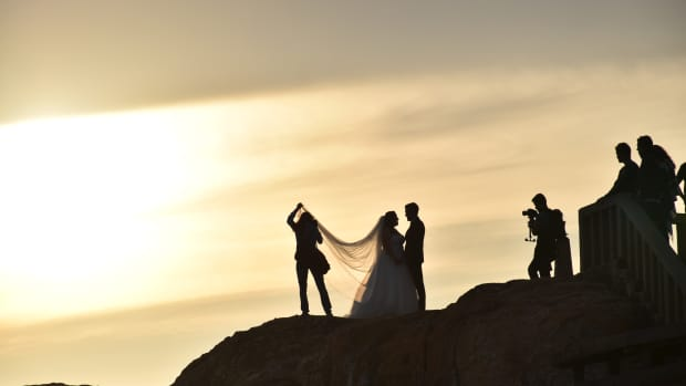 getting-married-heres-what-to-look-for-in-a-wedding-videographer