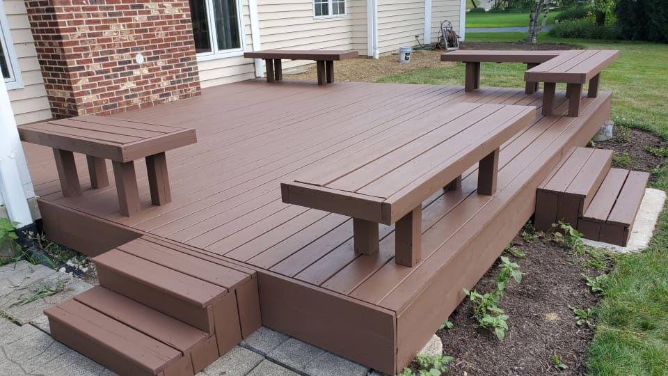 Tips for Applying Solid Deck Stain