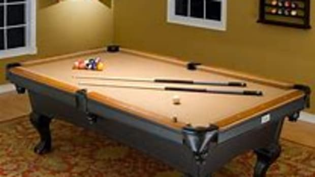 does-your-man-cave-deserve-a-pool-table