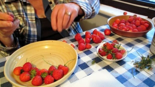 recipe-for-strawberry-jam-and-topping-how-to-make-cook-strawberries-recipes-homemade-jams